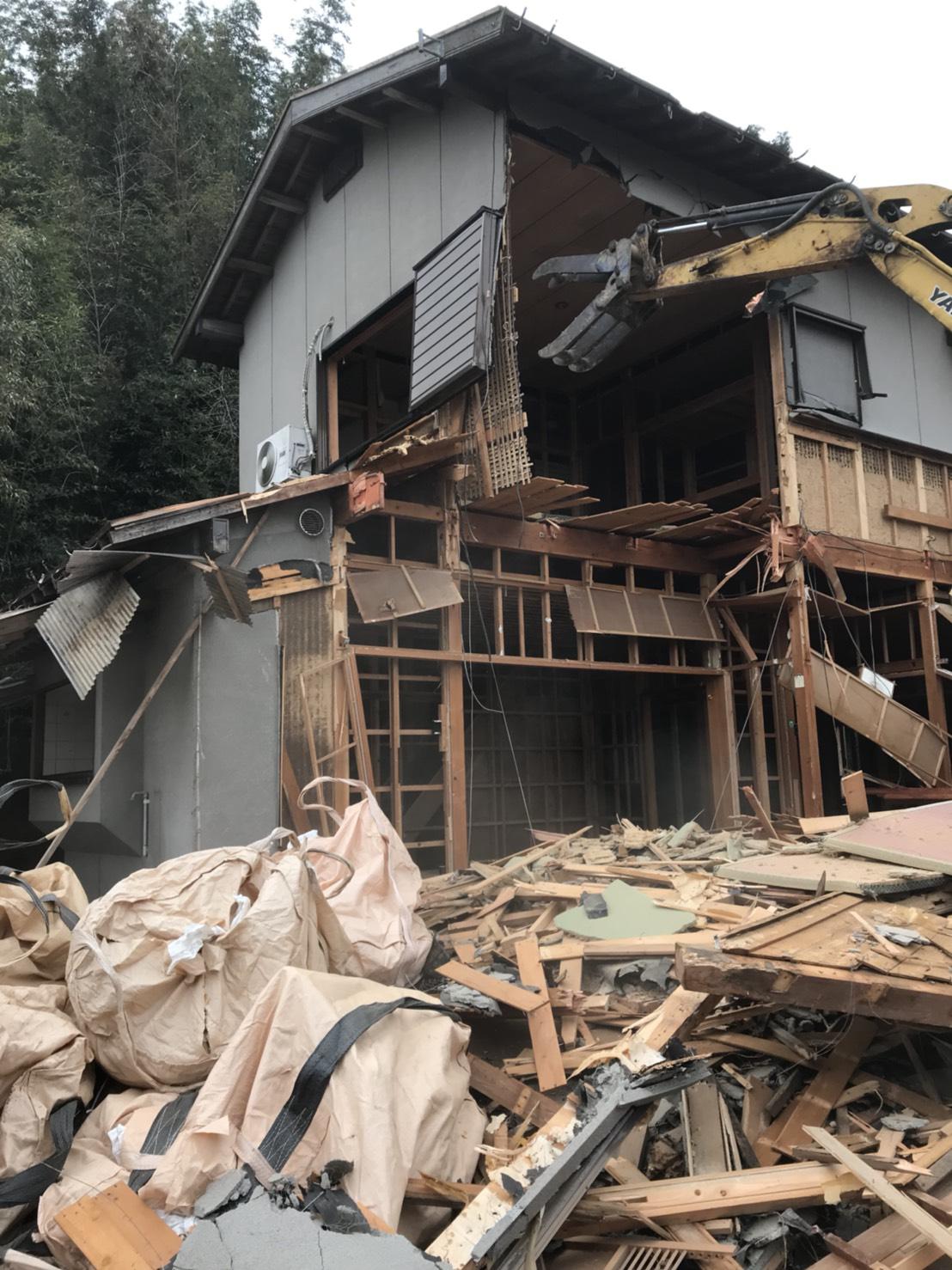 解体 アタッチメント 重機 家屋 不用品回収